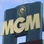 ceo-of-mgm:-online-gambling-necessary